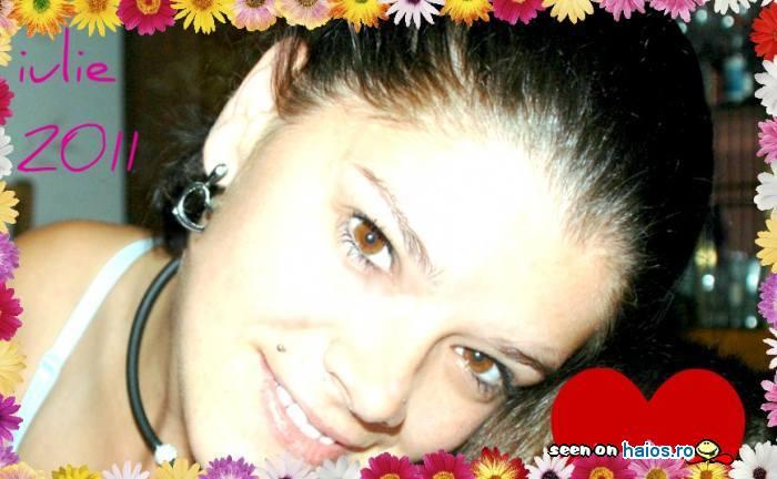 gabriela_motoc_yahoo_it_close_up_flori_inima.jpg